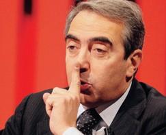 Maurizio Gasparri, zittisce Europa 7